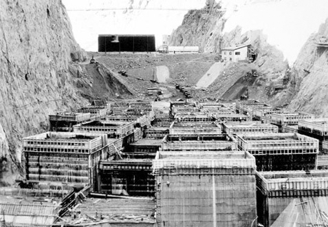 [ Building the Hoover Dam, Part 3 ]