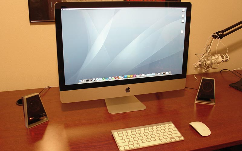 [ Photo: iMac in repose ]